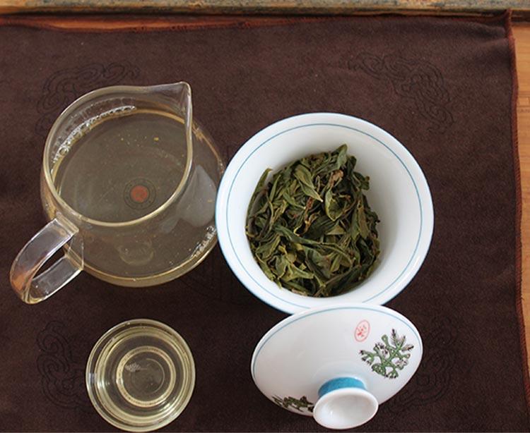 关于茶品外包装:正式印刷时,外包装的局部可能稍有修改.